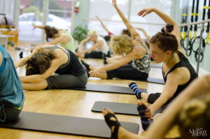 Xtend Barre Class - Centered Studio Lake